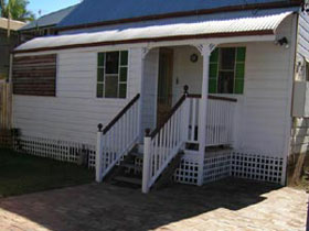 A Pine Cottage - Tourism TAS