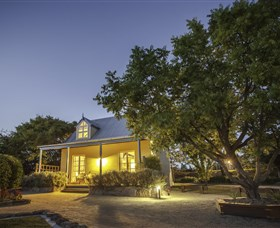Vineyard Cottages and Cafe - Tourism TAS