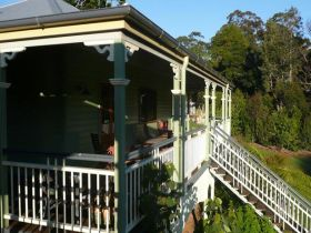 The Sanctuary Springbrook. Guest House / Cottage - Tourism TAS