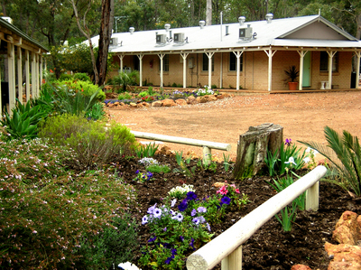 Travellers Rest Motel - Tourism TAS