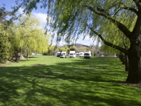 New Norfolk Caravan Park - Tourism TAS