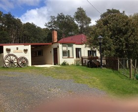 Glenbrook House and Cottage - Tourism TAS