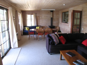 Bicheno Holiday Rentals - 27 Gordon Street - Tourism TAS