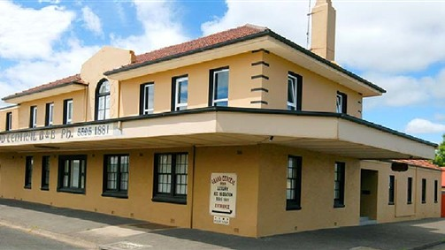 Grand Central Accommodation BB Cobden - Tourism TAS