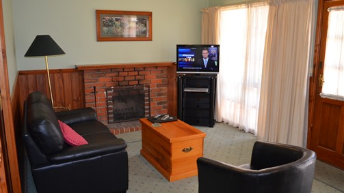 Mountain View Motor Inn and Holiday Lodges - Tourism TAS