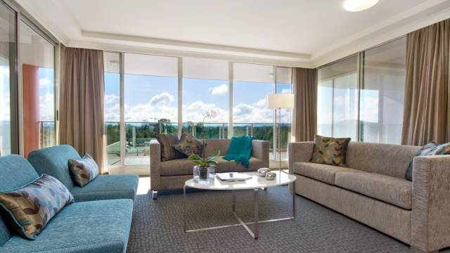 Pacific Suites Canberra - Tourism TAS