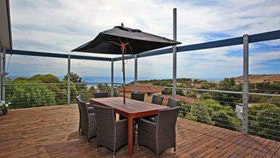 Coral Sands Seaview Beach House - Tourism TAS