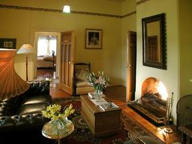 Buxton Manor - Garden and Loft Apartment - Tourism TAS