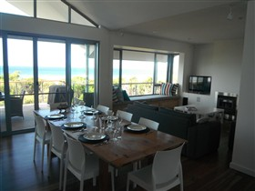 Cassini Beach House - Tourism TAS