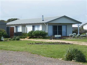 Coorong Waterfront Retreat - Tourism TAS