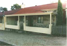 Lavender Cottage Bed And Breakfast Accommodation - Tourism TAS