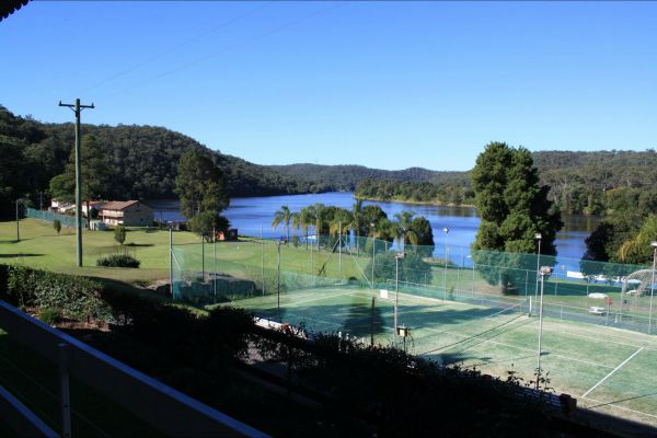 Juniors on Hawkesbury - Tourism TAS