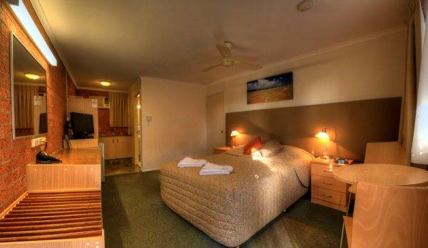 Blue Waters Motel - Tourism TAS