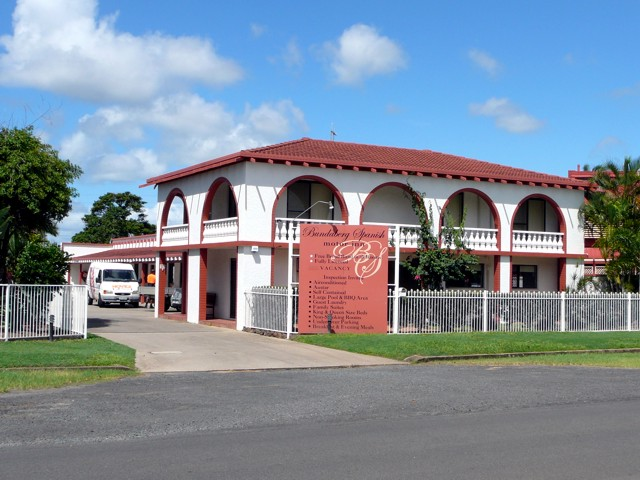 Bundaberg Spanish Motor Inn - Tourism TAS