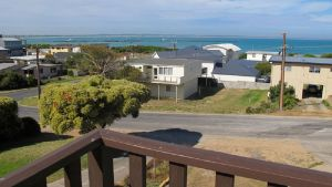 Foster Street Holiday Home - Tourism TAS
