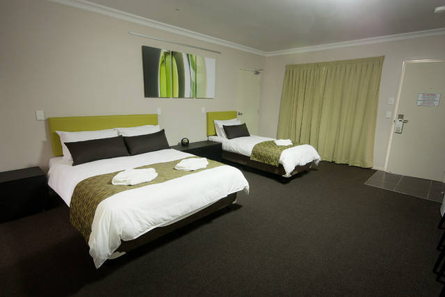 Drovers Motor Inn - Tourism TAS