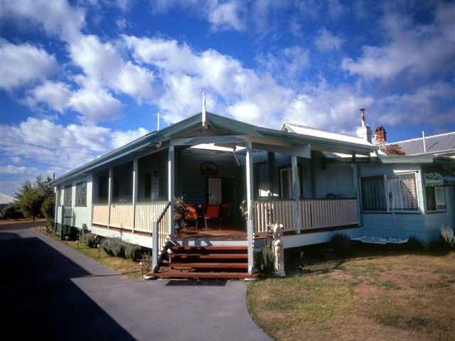 Pitstop Lodge Guesthouse and BB - Tourism TAS