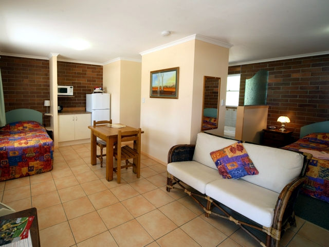 Rubyvale Motel  Holiday Units - Tourism TAS