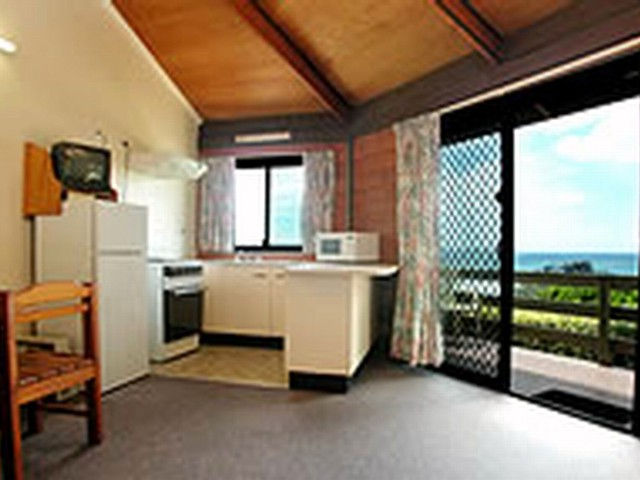 Shelly Beach Cabins - Tourism TAS