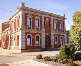 Northam Town Hall - Tourism TAS