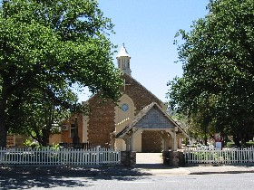 St George Church and Cemetery Tours - Tourism TAS