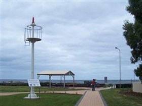 Turnbull Park Centenary Park and Foreshore - Tourism TAS