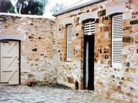 Police Lockup And Stables - Tourism TAS