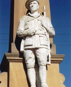 Beaudesert War Memorial - Tourism TAS