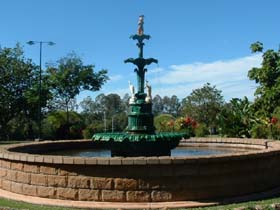 Band Rotunda and Fairy Fountain - Tourism TAS