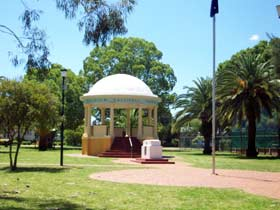 Kingaroy Memorial Park - Tourism TAS