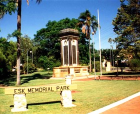 Esk War Memorial and Esk Memorial Park - Tourism TAS