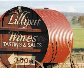 Lilliput Wines - Tourism TAS