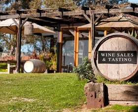 Saint Regis Winery Food  Wine Bar - Tourism TAS