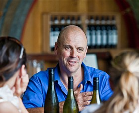 Lowe Wines - Tourism TAS