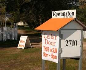 Rowanston on the Track Winery  Bed and Breakfast - Tourism TAS