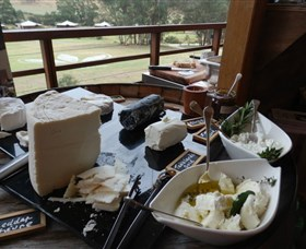Jannei Artisan Cheese Makers - Tourism TAS