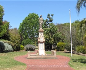Greenmount War Memorial - Tourism TAS