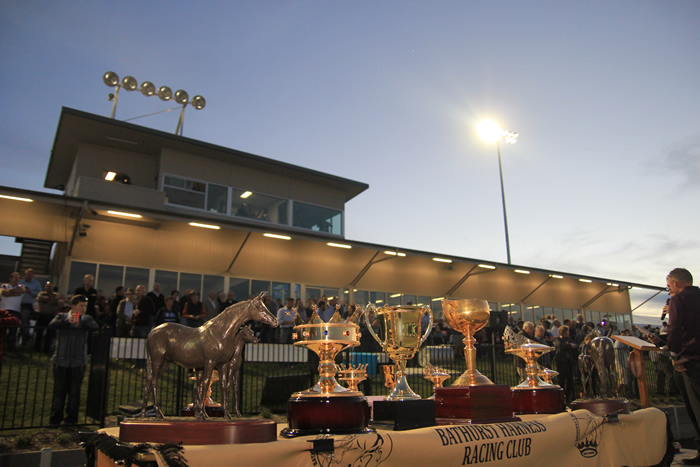 Bathurst Harness Racing Club - Tourism TAS