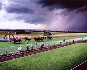 Hawkesbury Race Club - Tourism TAS