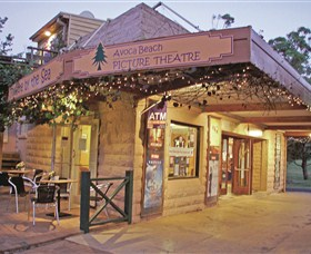 Avoca Beach Picture Theatre - Tourism TAS
