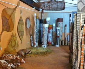 Maningrida Arts and Culture - Tourism TAS