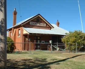 Whitton Courthouse and Historical Museum - Tourism TAS
