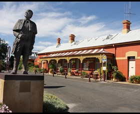 Forbes Railway Arts and Visitor Information Centre - Tourism TAS