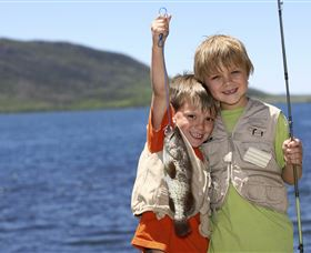 Fishing on Keswick Island - Tourism TAS