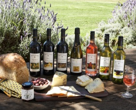 Rosnay Organic Farm and Vineyard - Tourism TAS