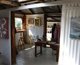 Tin Shed Gallery - Tourism TAS