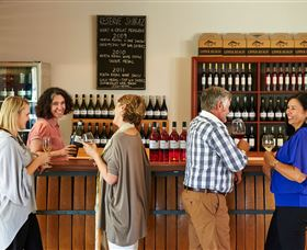 Upper Reach Winery and Cellar Door - Tourism TAS