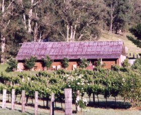 Undercliff Winery and Gallery - Tourism TAS
