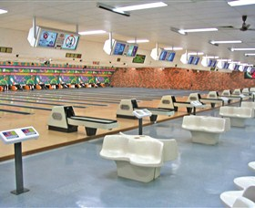 Bateau Bay Ten Pin Bowl - Tourism TAS