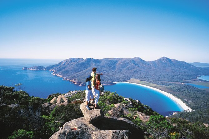Full-Day Tour to Wineglass Bay from Hobart